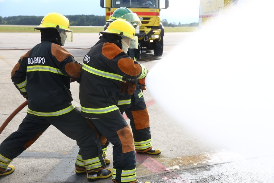The Airport Civil Firefighter Service is now available.